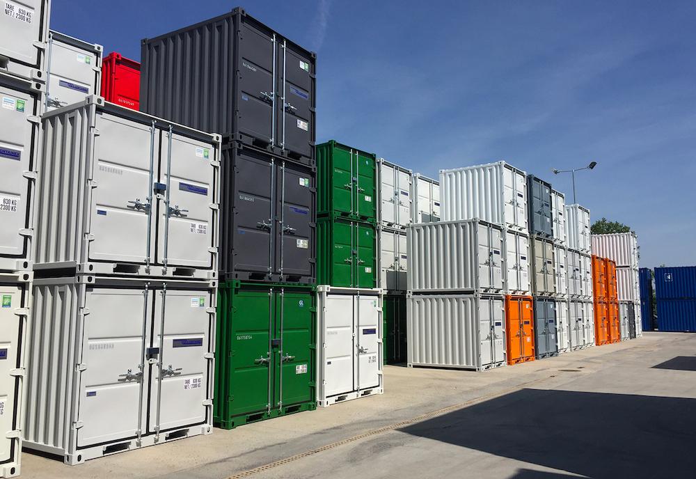Container de stockage au dépôt