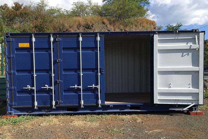 Container Open Side 6m une porte ouverte