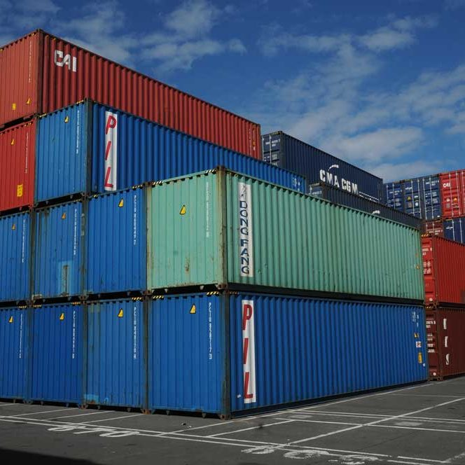 Containers 40 pieds HC , 12m High Cube au dépôt