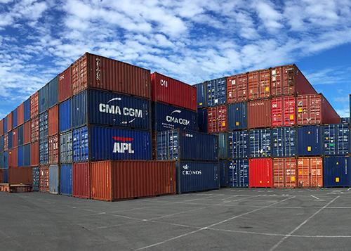 Travées de containers
